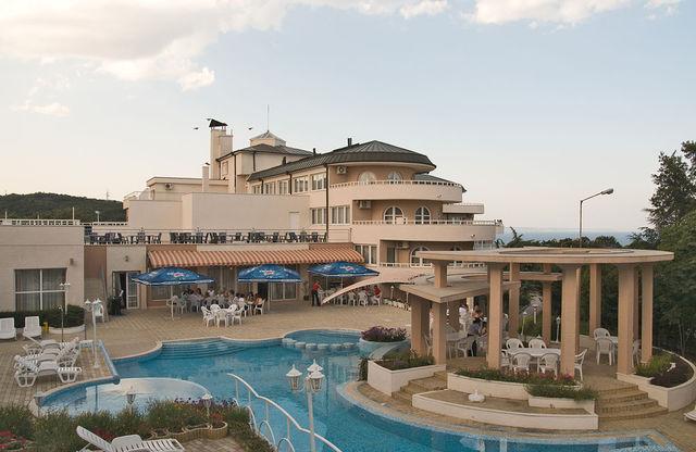 Отель Белвью